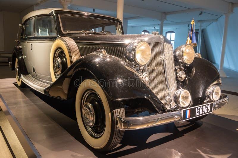 Orch 830 BL Convertibele die 1936 auto, door Charles de Gaulle wordt gebruikt royalty-vrije stock afbeelding