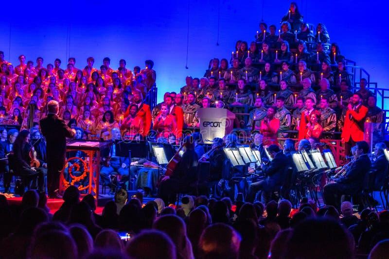 Orchestra e coro celeste nei narratori delle candele dell'Epcot 2 immagine stock libera da diritti