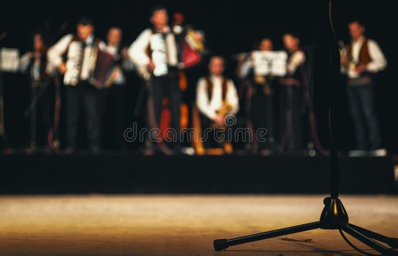 Orchestre acoustique sur l'étape photos libres de droits