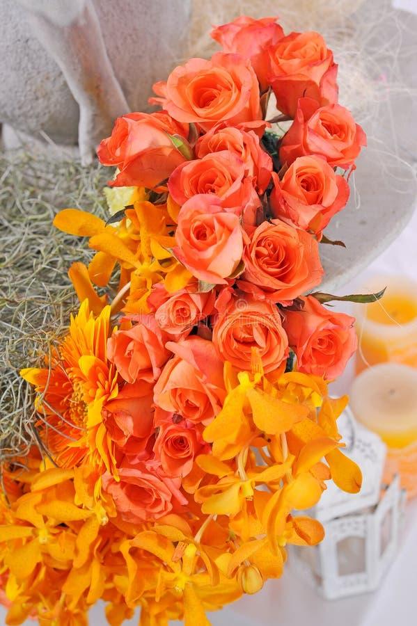 Orchidea i róż bukiet zdjęcia royalty free