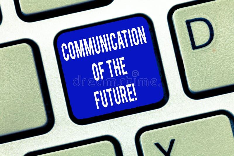 Ord som skriver textkommunikationen av framtiden Affärsidéen för online-sociala massmediateknologier har kontakt tangentbordet royaltyfri foto