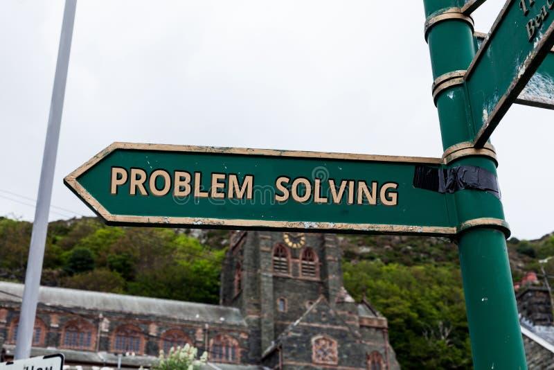 Ord som skriver textproblemlösning Affärsidé för process av att finna lösningar till svåra eller komplexa frågor royaltyfria bilder
