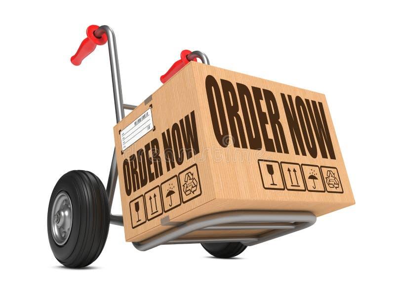 Orde nu - Kartondoos op Handvrachtwagen. vector illustratie