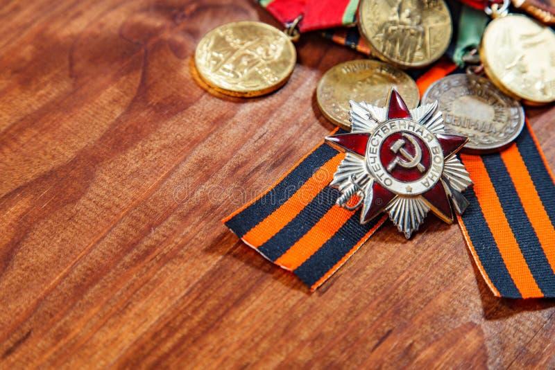 Orden de la guerra patriótica en el St y las medallas para la victoria sobre Alemania Cierre para arriba fotos de archivo libres de regalías