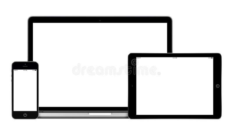 Ordenador de la PC de la tableta del ordenador portátil y smartphone móvil con pedregal en blanco foto de archivo libre de regalías