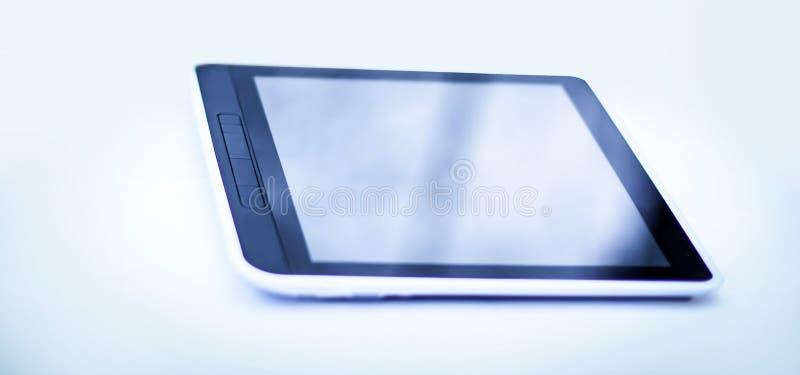 Ordenador de la tablilla Aislado en un fondo blanco foto de archivo