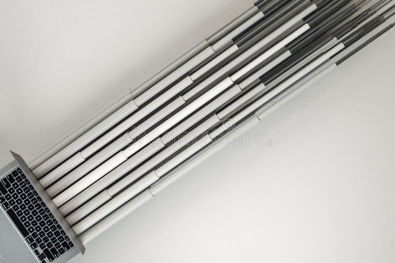 Ordenador portátil con las líneas grises de la conexión libre illustration