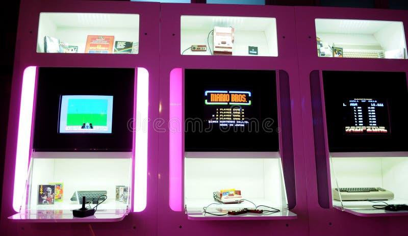 Ordenador retro del espectro de ZX, Mario Bros Iconic Video Game, Mark Entertainment comercial fotos de archivo libres de regalías