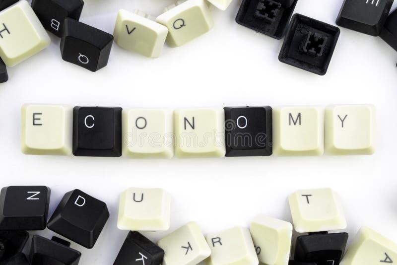 Ordenadores e inform?ticas en industrias y campos de la actividad humana - concepto La econom?a en un fondo blanco de imagen de archivo libre de regalías
