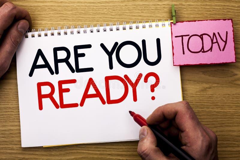 Ordhandstiltext är dig ordnar till fråga Affärsidéen för är förberett motiverat varnat medvetent skriftligt för beredskap av mann arkivbilder
