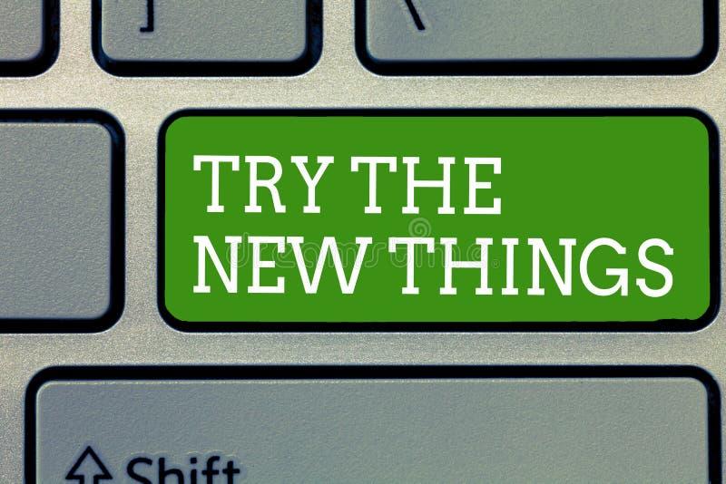 Ordhandstiltext försöker den nya saker Affärsidéen för bryter livrutin lär upp någon innovativ expertis arkivfoto