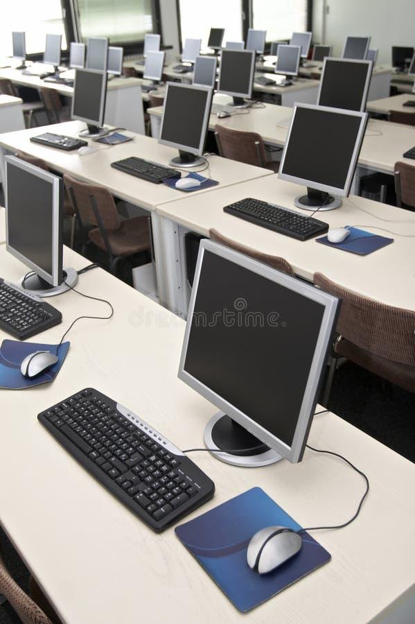 ordinateur d'enseignement 5 image libre de droits