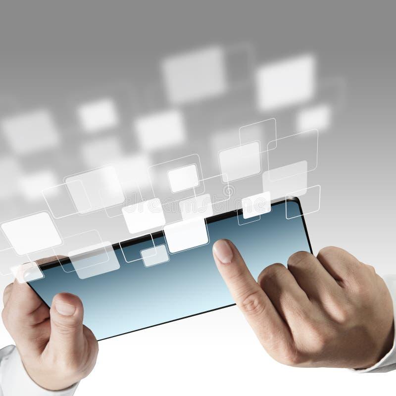 Ordinateur de tablette et graphismes virtuels images libres de droits
