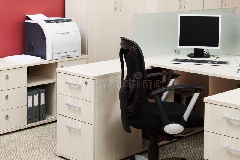 Ordinateur et imprimante images stock