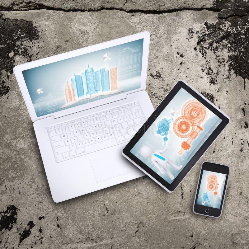 Ordinateur portable, PC de comprimé et téléphone intelligent photographie stock libre de droits