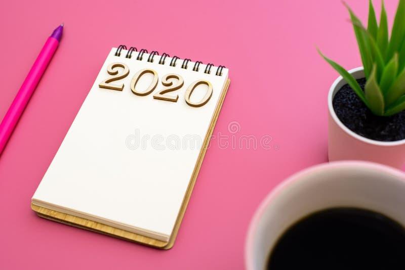 Ordinateur portable pour décrire les plans 2020 images stock