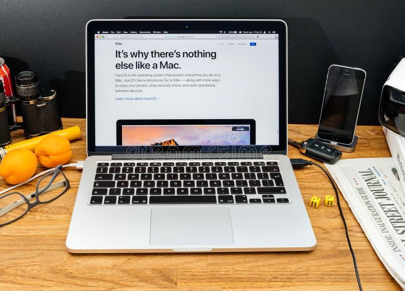 Ordinateurs Apple aux dernières annonces de WWDC d'iMac Mac OS images libres de droits