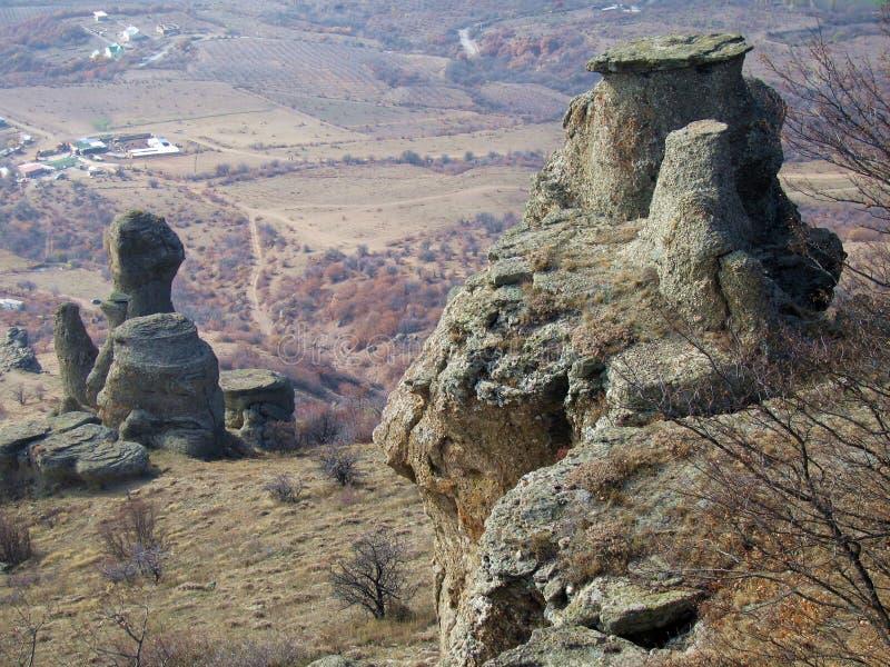 Ordinateurs de secours en pierre Vally. Roches de montagne de Demerdzhi. photos libres de droits