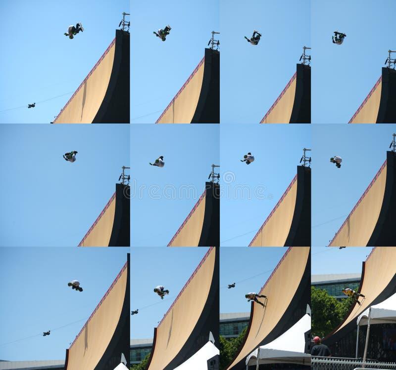 Ordre de saut de planche à roulettes images libres de droits