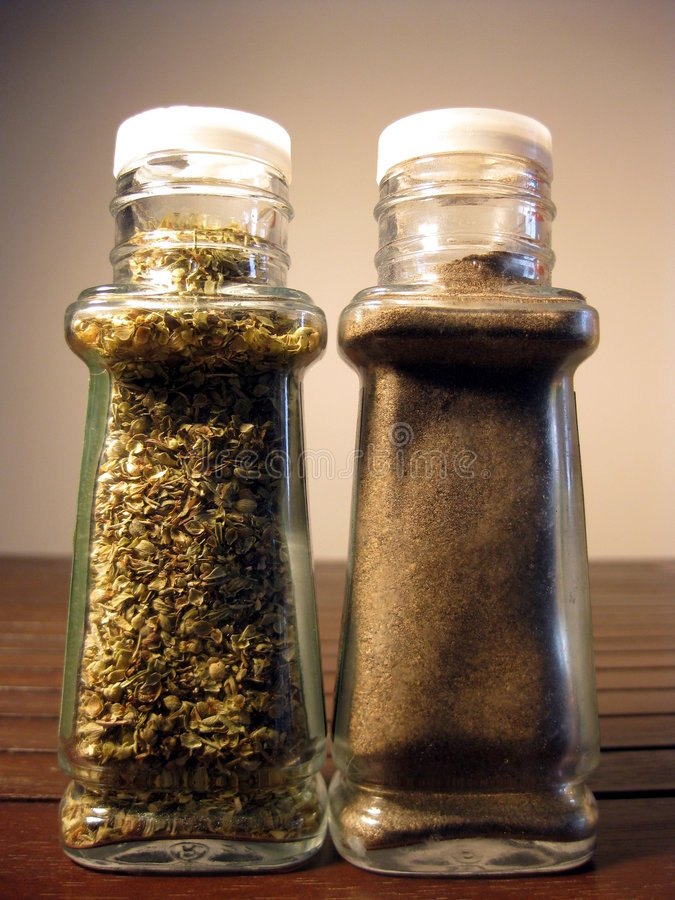 Free Oregano And Pepper 2 Royalty Free Stock Image - 6565556