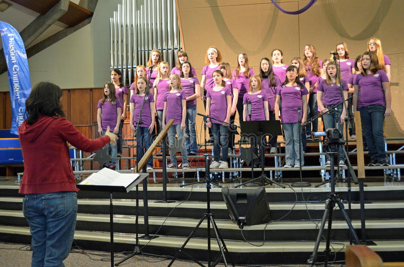 Download Oregon Children's Choir Girl's Choir Editorial Photography - Image of purple, girls: 23875162