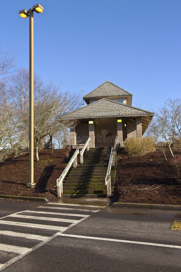 Oregon estaciona a facilidade e o lightpost do toalete fotografia de stock royalty free