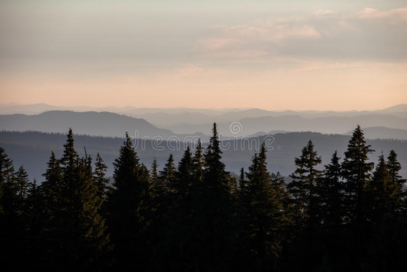 Oregon-Gebirgsrücken lizenzfreie stockfotos