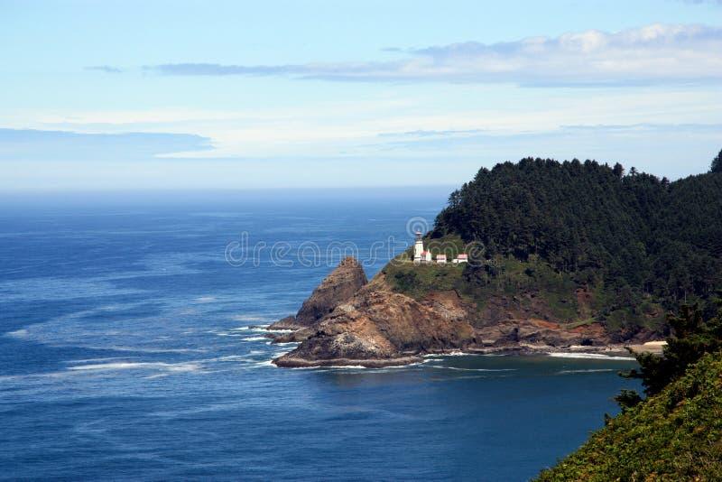 Oregon-Küste mit Leuchtturm lizenzfreie stockbilder