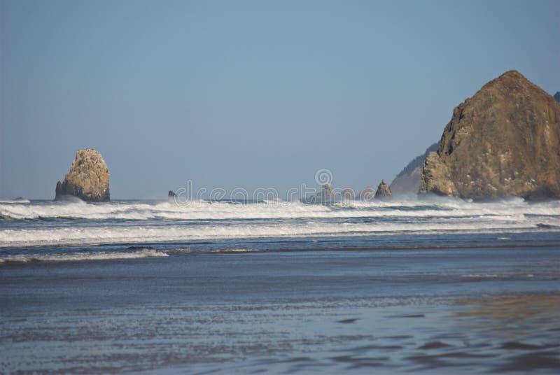 Oregon-Küsten-Meer stapelt V lizenzfreie stockbilder