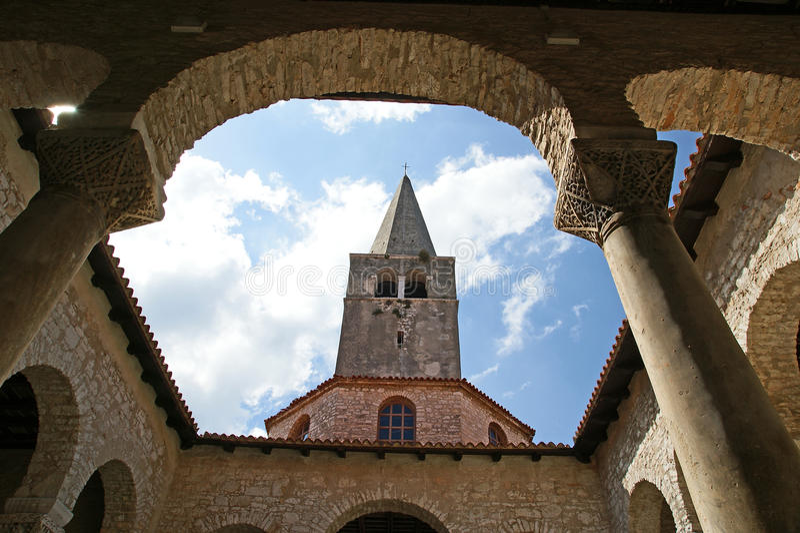 Oreillette de basilique d'Euphrasian, Porec, Istria, Croatie images stock