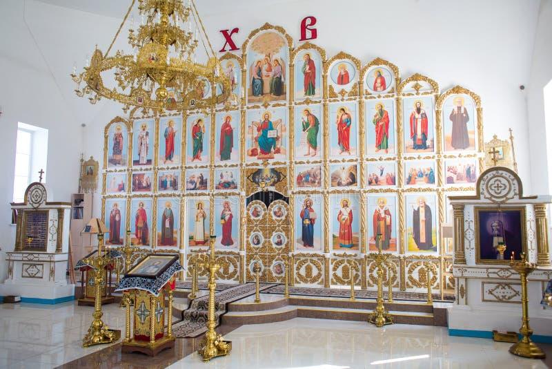 Orenburg, russisches Federation-2 Aprel 2019 Altar in der orthodoxen Kirche stockfotos