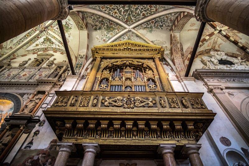 Orgaan in ctahedral stock afbeeldingen