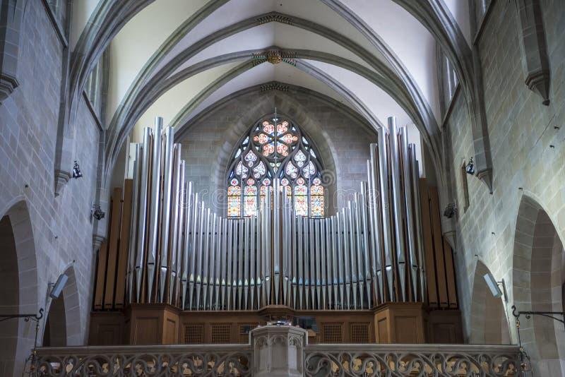 Organ i kyrkliga Fraumunster Zurich arkivbilder