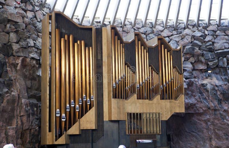 Organ w świątynia kwadrata kościół w Helsinki, Finlandia (kościół w skale) fotografia stock