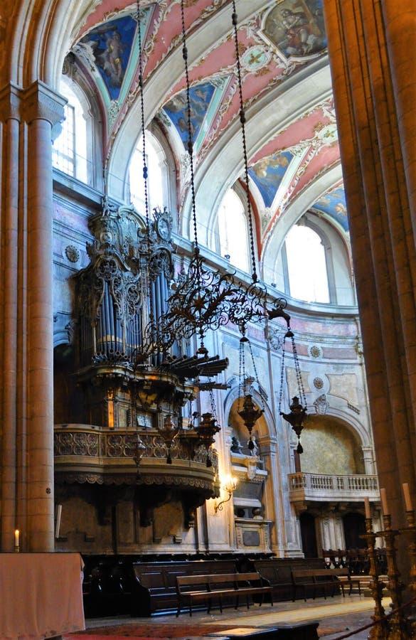 Organe à la cathédrale de Lisbonne photos libres de droits