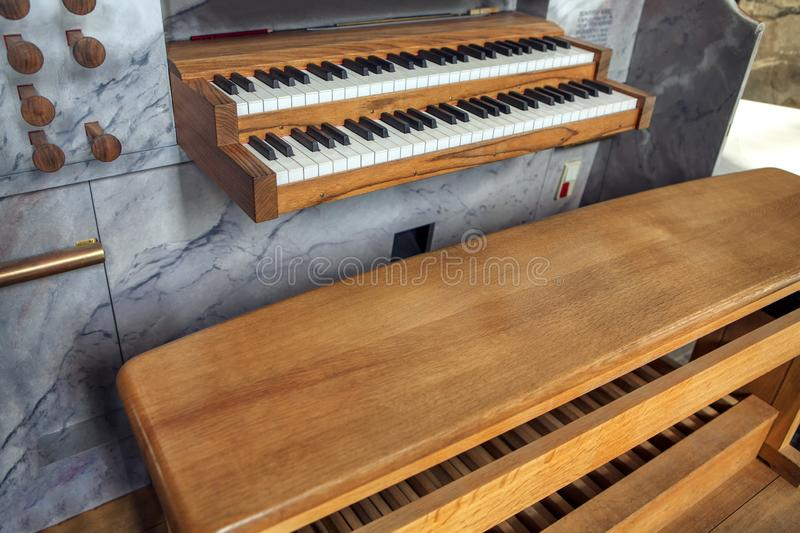 Organe d'?glise images stock