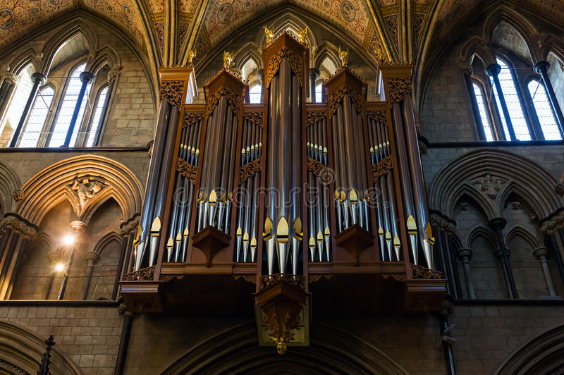 Organes dans le cathredral à Worcester photo stock