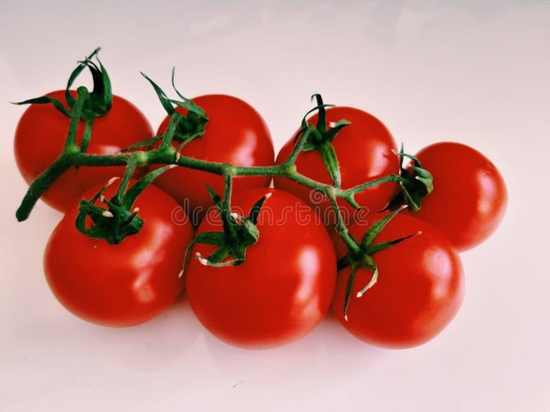 Organicznie foods, Pomidorowy grono obrazy stock