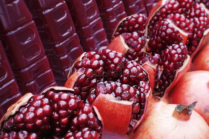 Organicznie ind granatowów soku cukierki dla zdrowie zdjęcia royalty free