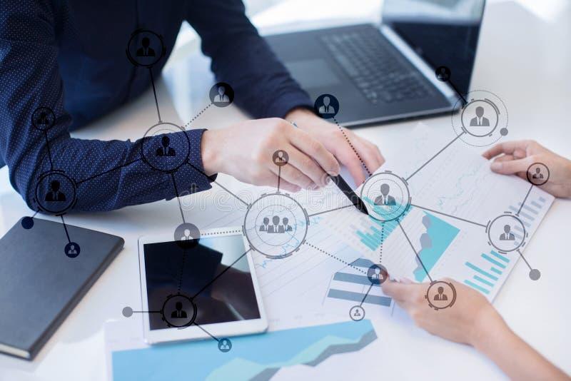 Organisatiestructuur Mensen` s sociaal netwerk Bedrijfs en technologieconcept stock fotografie