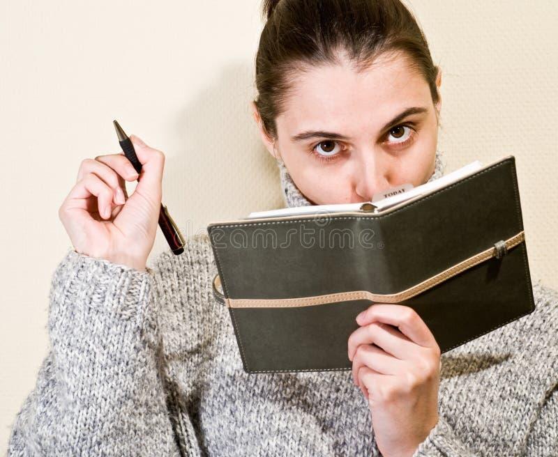 Organisator - Portrait der jungen Frau lizenzfreies stockbild