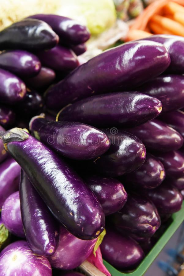 Organische aubergine royalty-vrije stock afbeelding