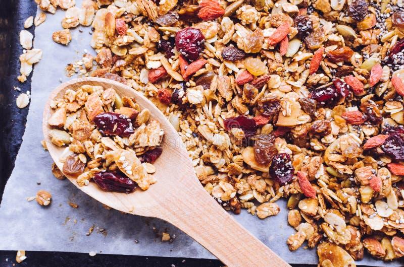 Organische eigengemaakte granola royalty-vrije stock foto