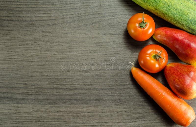 Organische Obst und Gemüse lizenzfreies stockfoto