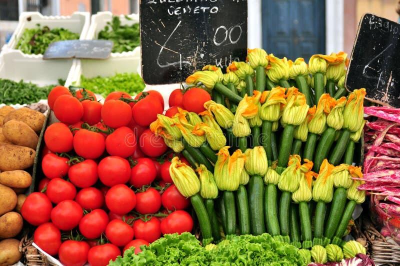 Organisches Gemüse stockbilder