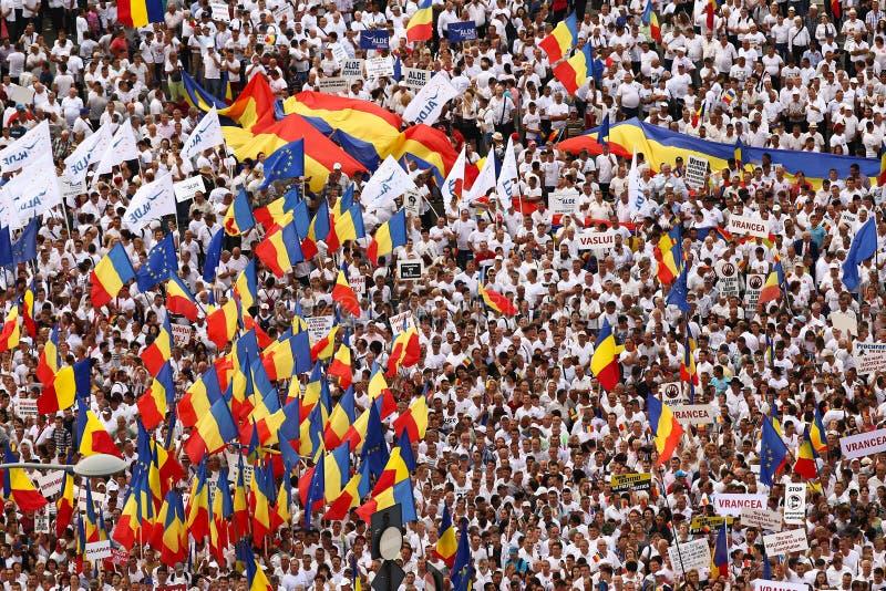ORGANISEERDE DE BESLISSENDE PARTIJ VAN ROEMENIË ` S EEN PROTEST IN BOEKAREST stock afbeeldingen