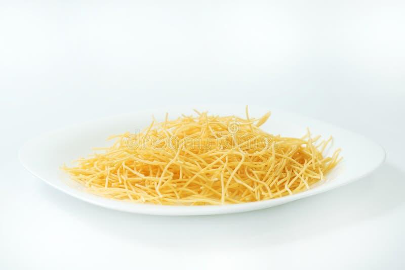 Organisk naturlig pasta - den rena bilden för grunt djup av dekorerade a arkivfoto