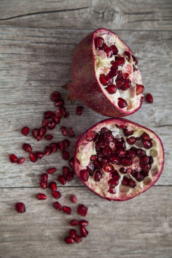 organisk pomegranate arkivfoto