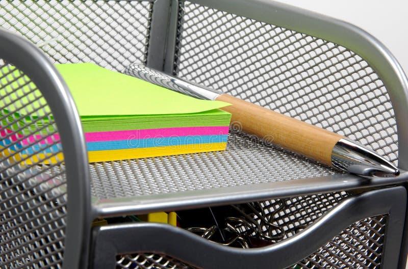 Download Organizador 3 da mesa foto de stock. Imagem de notepad, papel - 54562