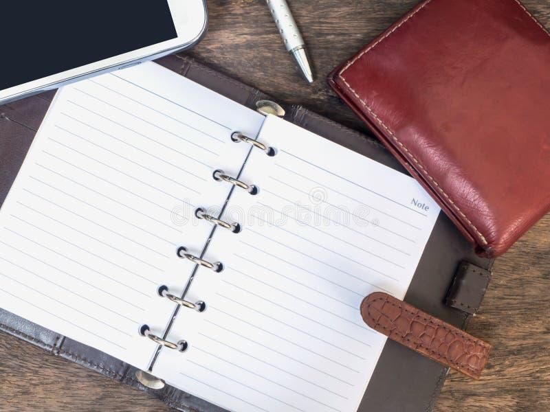 Organizador pessoal de couro, telefone celular, bolsa imagem de stock royalty free